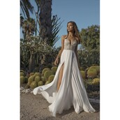 dress,a-line wedding dresses,side split,open back,backless dress with beading,spaghetti strap