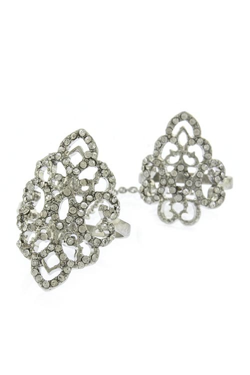 Elegant baroque double linked knuckle ring