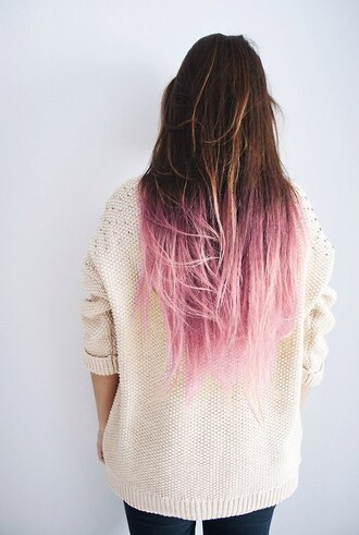 shirt ombre sweater studs ivory soft tumblr girl style jeans skinny pink oversized sweater pink hair pastel hair tumblr girl bag perfect hair.