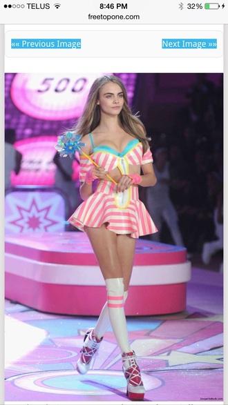 cara delevingne model victoria's secret socks pink striped skirt two-piece
