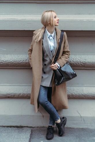 lil'icons blogger jacket bag coat jeans shirt shoulder bag blazer beige coat winter outfits