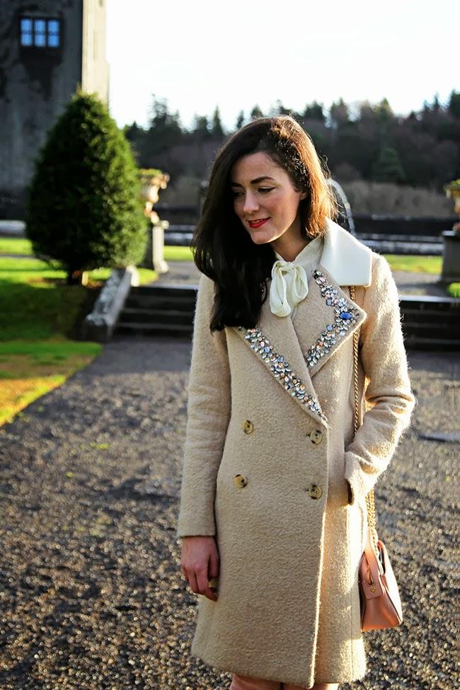 Classy Girls Wear Pearls: Ashford Castle Courtyard
