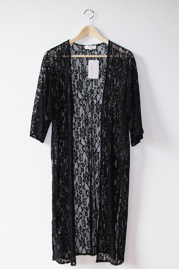 Daisy black lace kimono
