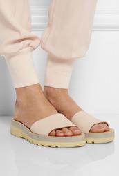 shoes,peach,nude,slide shoes,sandals,flats