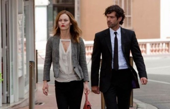 vanessa paradis blouse heartbreaker romain duris
