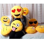 home accessory,pillow,room accessoires,decoration,emoji print