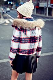 coat,fur collar coat,plaid pattern,fashion,cute,hooded coat