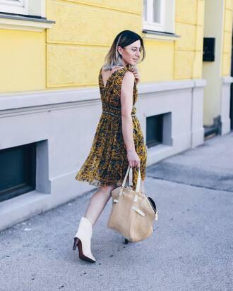 dress tumblr mustard midi dress sleeveless sleeveless dress bag tote bag boots black boots white boots shoes