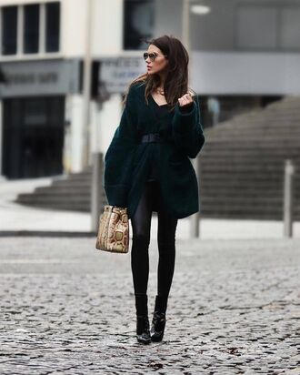 cardigan tumblr green cardigan oversized cardigan oversized leggings black leggings leather leggings boots black boots ankle boots patent shoes patent boots pointed boots bag snake print printed bag sunglasses