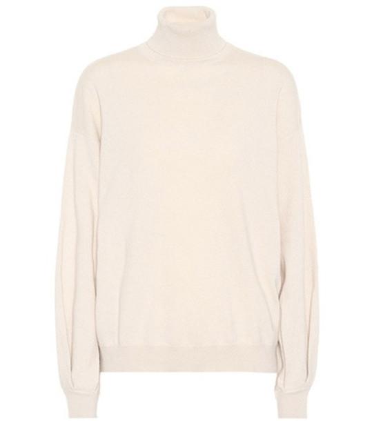 Brunello Cucinelli Cashmere turtleneck sweater in neutrals