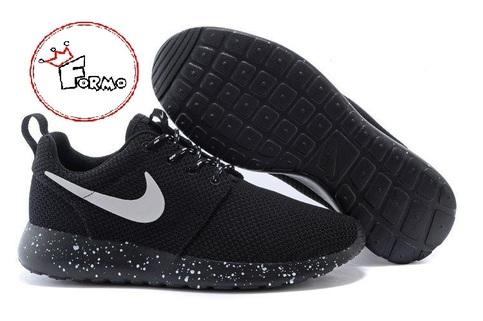 Custom Nike Roshe Run Oreo athletic