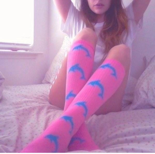 underwear socks pink seapunk cute pale pale grunge site model tumblr tumblr girl lovely dolphins instagram high socks knee high socks pretty want to find like blue dolphin kawaii