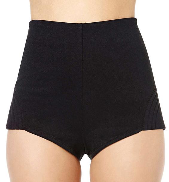streetstyle stylemoi hot pants
