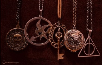jewels harry potter percy jackson the hunger games pirates of the caribbean neklace
