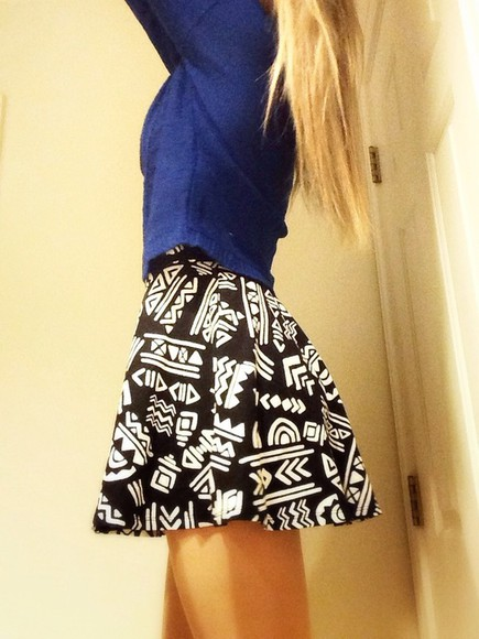 skirt aztec print skirt blue skirt high waisted skirt tribal pattern dress black shirt clothes fashion tribal skirt aztec skirt tribal sweater forever 21 victoria's secret hipster skater skirt skater skater dress crop tops shoes blonde hair hair blue dress blue shirt skirts black skirt white lace skirt tribal sweater tribal print sweater tribal leggings leggings aztec leggings h&m american apparel american flag shorts american eagle outfitters american eagle indian boots jackets coats uggs cotton pink