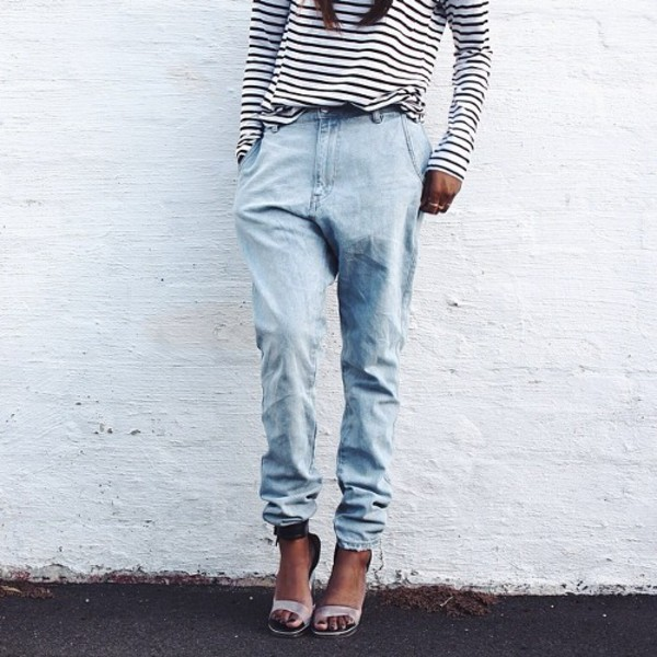 top jeans pants stripes striped shirt shoes pretty shoes blue indie vintage grunge hipster faded blue high waisted jeans denim eclectic t-shirt light blue girl heels outfit high waisted jeans jeans bluejeans shirt