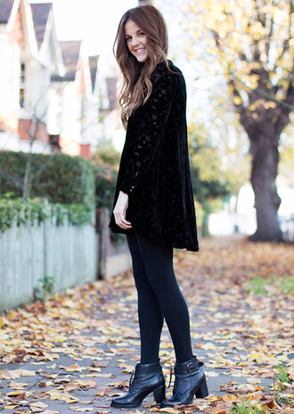 blogger love of cloth tights