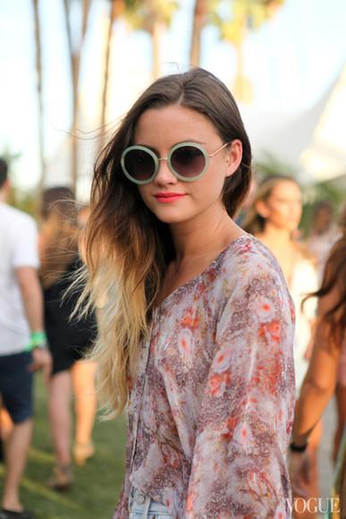 sunglasses waves summer outfits green coachella festival gold brand vogue
