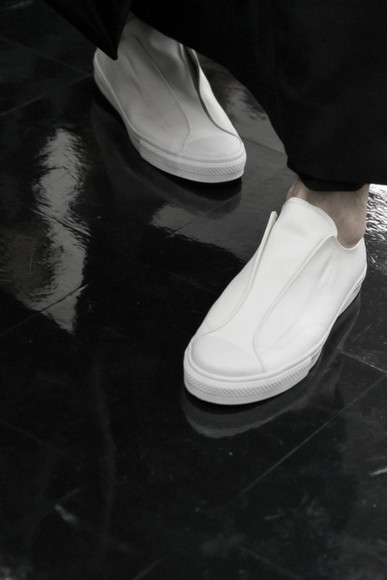 simple shoes white shoes minimalism minimal