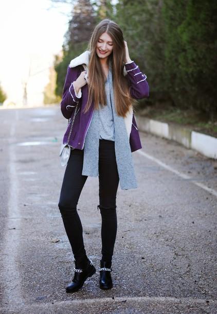 yuliasi blogger jeans shearling jacket plum grey scarf