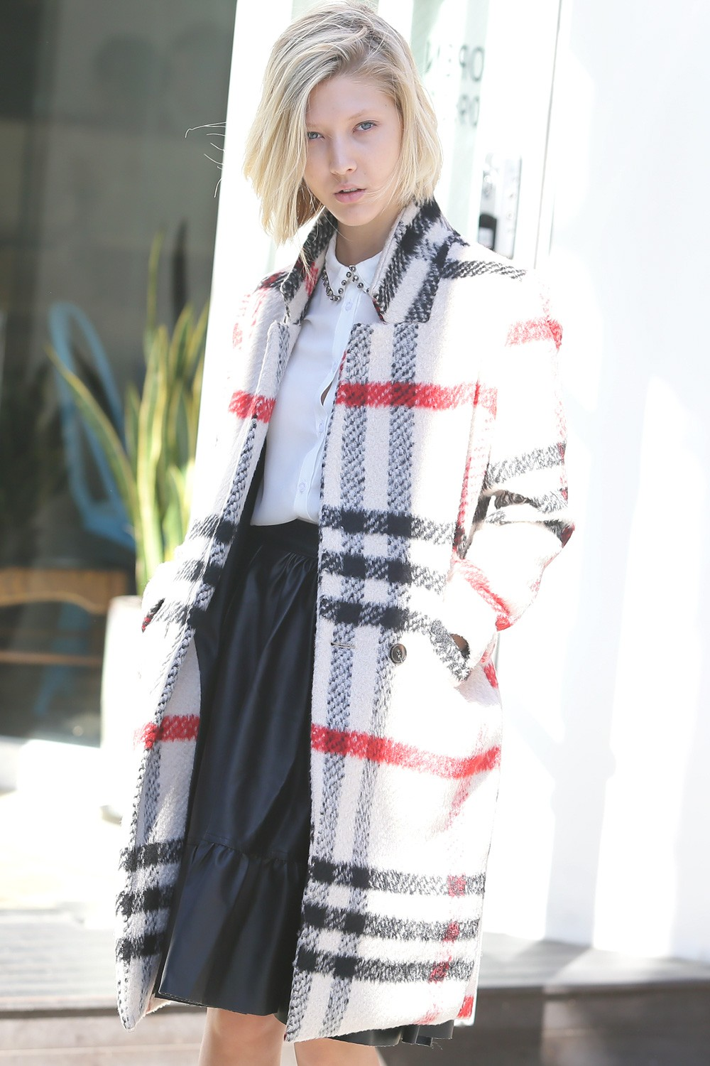 fashion destination for sophisticated and playful fashionistas mia oversize plaid woolen coat. Black Bedroom Furniture Sets. Home Design Ideas