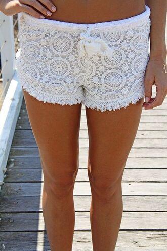 www.ustrendy.com white short white crochet crochet shorts high cut shorts lined shorts drawstring shorts tassel hem shorts