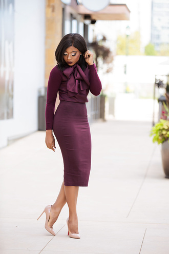 jadore-fashion blogger blouse skirt shoes make-up fall outfits nude heels high heel pumps burgundy skirt burgundy top