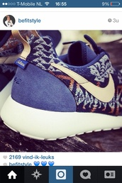 shoes,nike,nike sneakers,nike running shoes,nike shoes with leopard print,black,leopard print,love these,fashion,sneakers