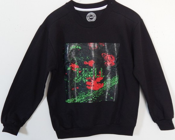 crewneck shirt trill flowers leaves nature