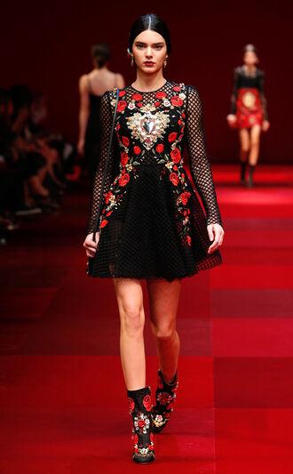 dress kendall jenner fashion week 2014 roses