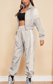 jumpsuit,girly,girl,girly wishlist,two-piece,matching couples,zip,zip-up,zip up jacket,grey,joggers,joggers.,joggers pants,cropped,crop,cropped jacket