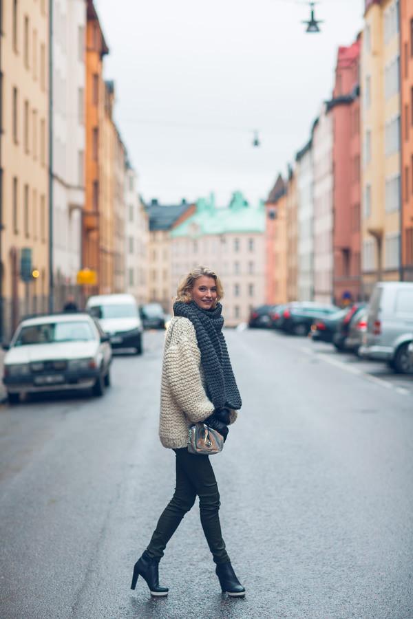 zanita sweater scarf bag shoes jeans