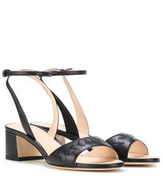 Bottega Veneta Intrecciato leather sandals in black