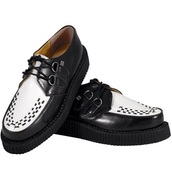 shoes,creepers,tuk,creepers underground,creepers shoes,black shoes,creepers tuk