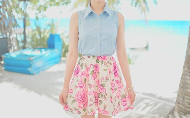Skirt Floral Flowers Pastel Colors Girly Vintage Look Outfit Idea Retro Style Looks ...