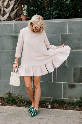 the courtney kerr blogger dress shoes bag sunglasses jewels white bag handbag loafers spring outfits