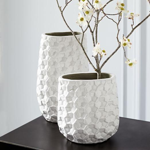 3D Eyelet Vases