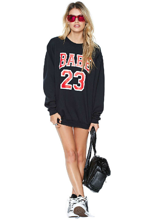 Black round neck long sleeve babe 23 print sweatshirt