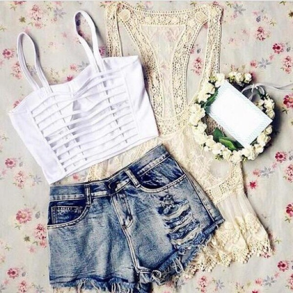 t-shirt blouse white crop/corset top top white backless tank top tank top white tank top white backless top hair accessory shirt shorts jewels