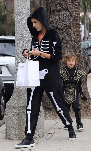 jumpsuit streetstyle halloween alessandra ambrosio model off-duty sneakers hoodie