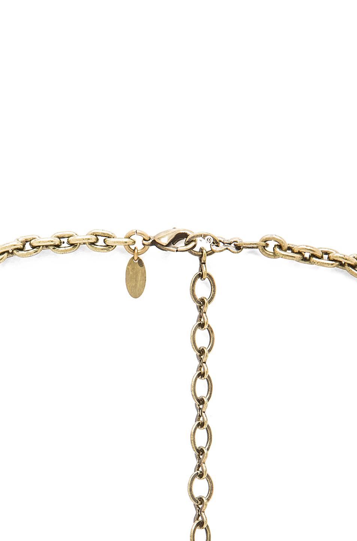 Love pendant in gold