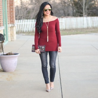 morepiecesofme blogger sunglasses jewels bag top shoes skinny jeans clutch necklace pumps jewelry accessories