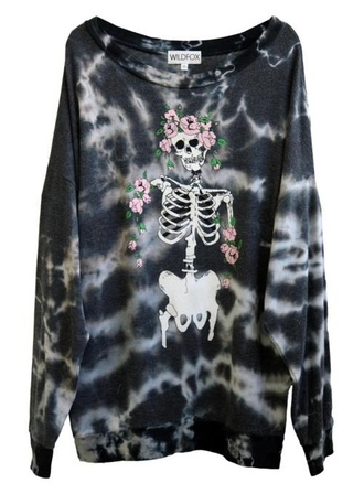 sweater wildfox skull sweather sweather wildfox skull black decolorated halloween skeleton dye grey roses pink vintage t-shirt skull sweater tie dye shirt