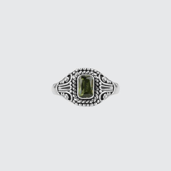 EDEN. Antique Silver Peridot Ring – REGALROSE
