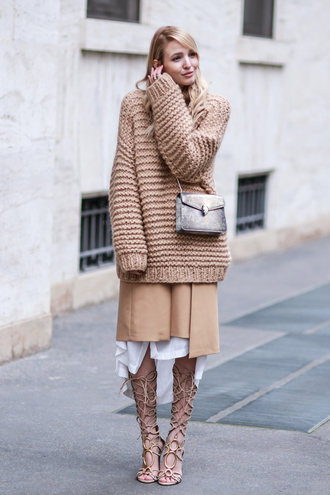 ohh couture blogger nude all nude everything beige sweater nude sweater oversized sweater fall outfits nude heels gladiators grey bag bvlgari serpenti bag bulgari serpenti bag knitwear knitted sweater sweater weather fall colors chunky knit monochrome outfit