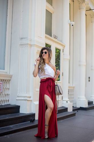 brighton the day blog | dallas fashion blog blogger skirt top shoes jewels sunglasses bag slit skirt sandals handbag