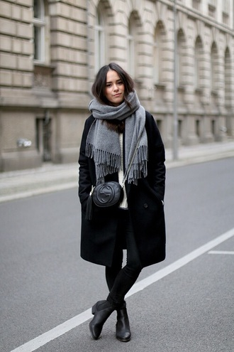 scarf winter outfits coat winter coat long scarf grey black style fashion