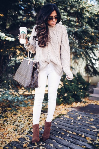 thesweetestthing blogger sweater shoes jewels bag sunglasses knitted sweater beige sweater louis vuitton bag handbag white jeans ankle boots grey cable knit sweater grey sweater cable knit curly hair long hair tumblr brown bag louis vuitton jeans skinny jeans boots brown boots starbucks coffee coffee