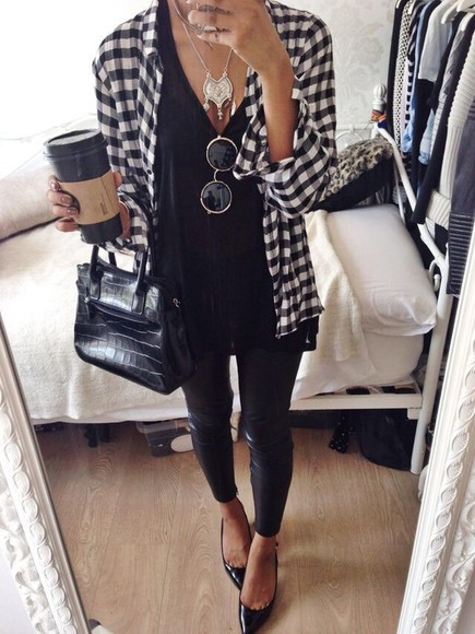 flannel shirt flannel blouse jewels necklace t-shirt flannel checkered black and white