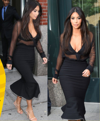 kim kardashian look jeans twopiecedress blackdress kim kardashian kim kardashian dress celebrity style bandagedress crop tops crop top bustier fall outfits t-shirt